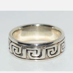 VTG Sterling Greek Key Design Ring